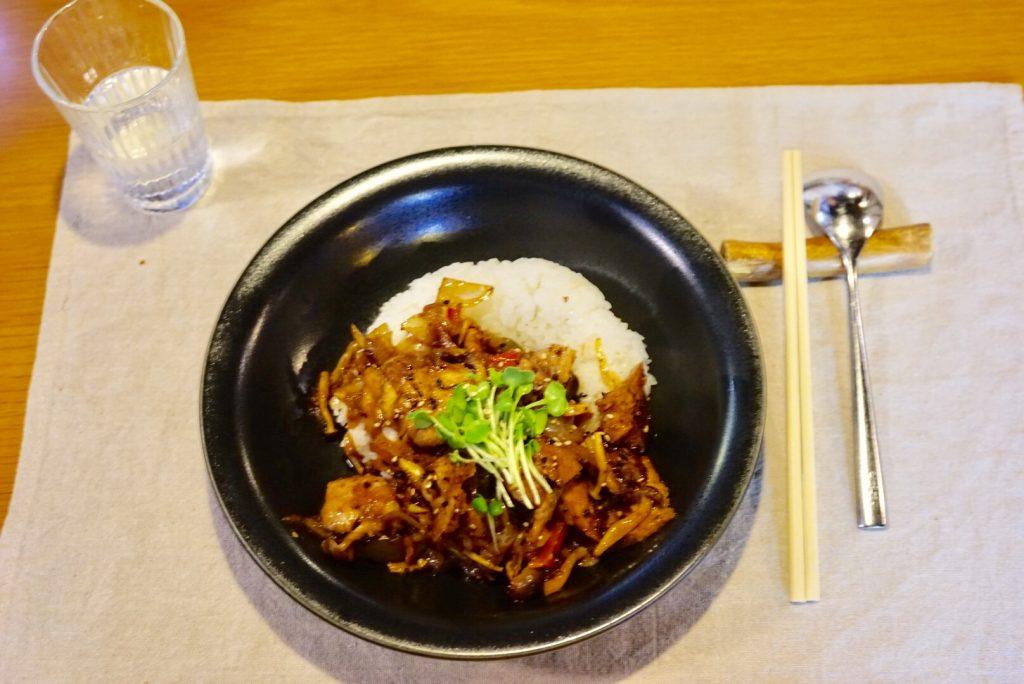 ニバン 豚ロース丼