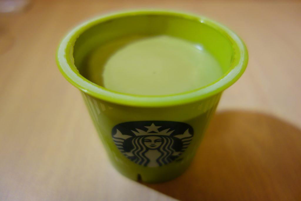 スタバ 抹茶プリンを開けてみた