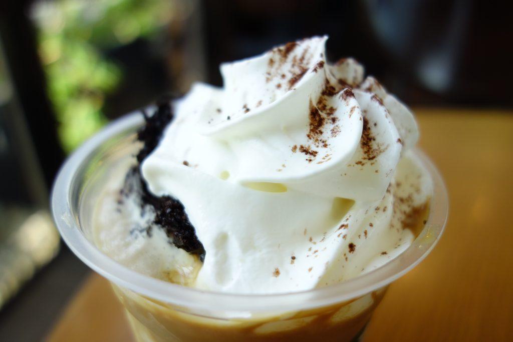 チョコレートケーキトップフラペチーノwithコーヒーショット